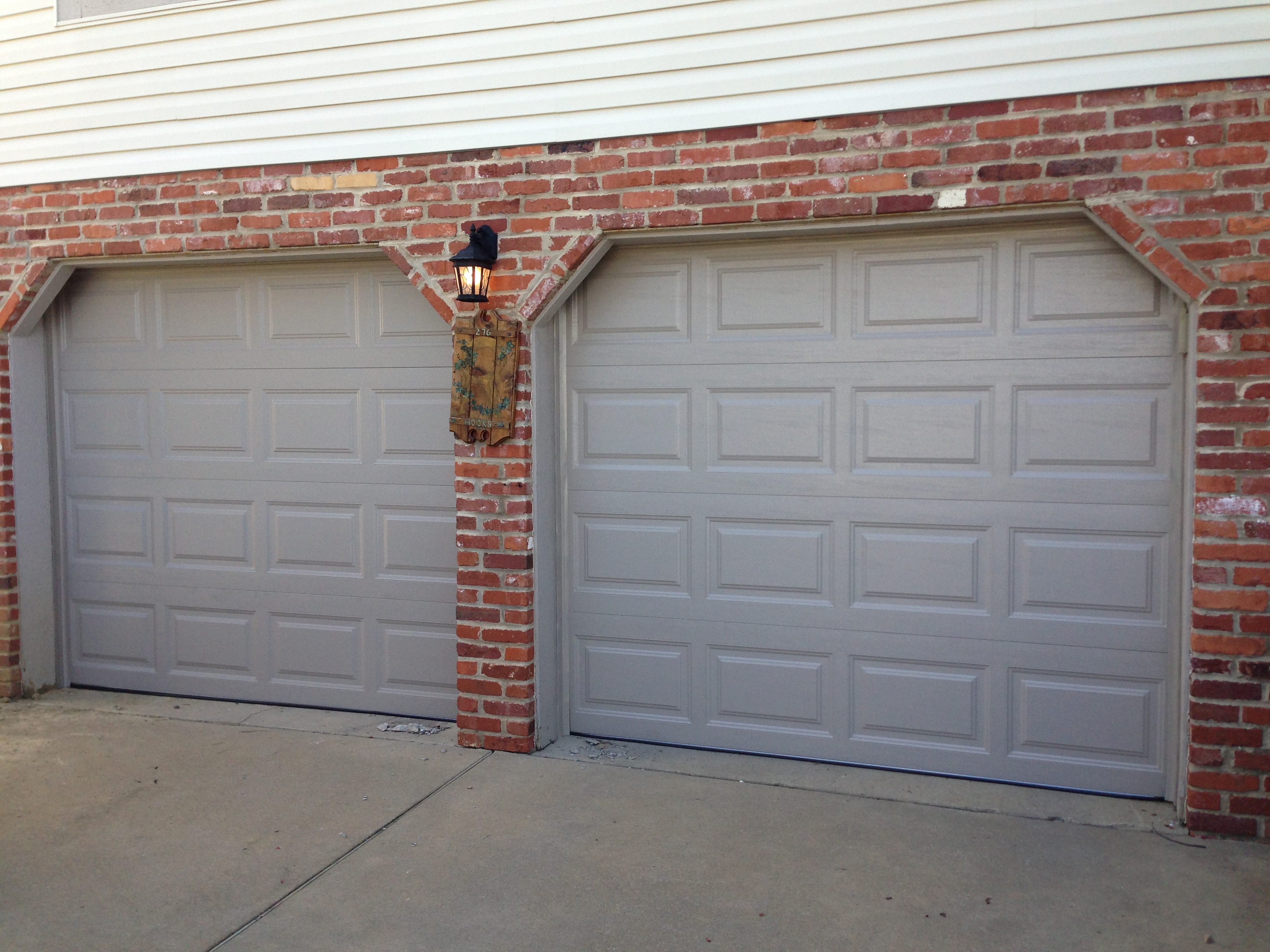 : insulated overhead garage doors