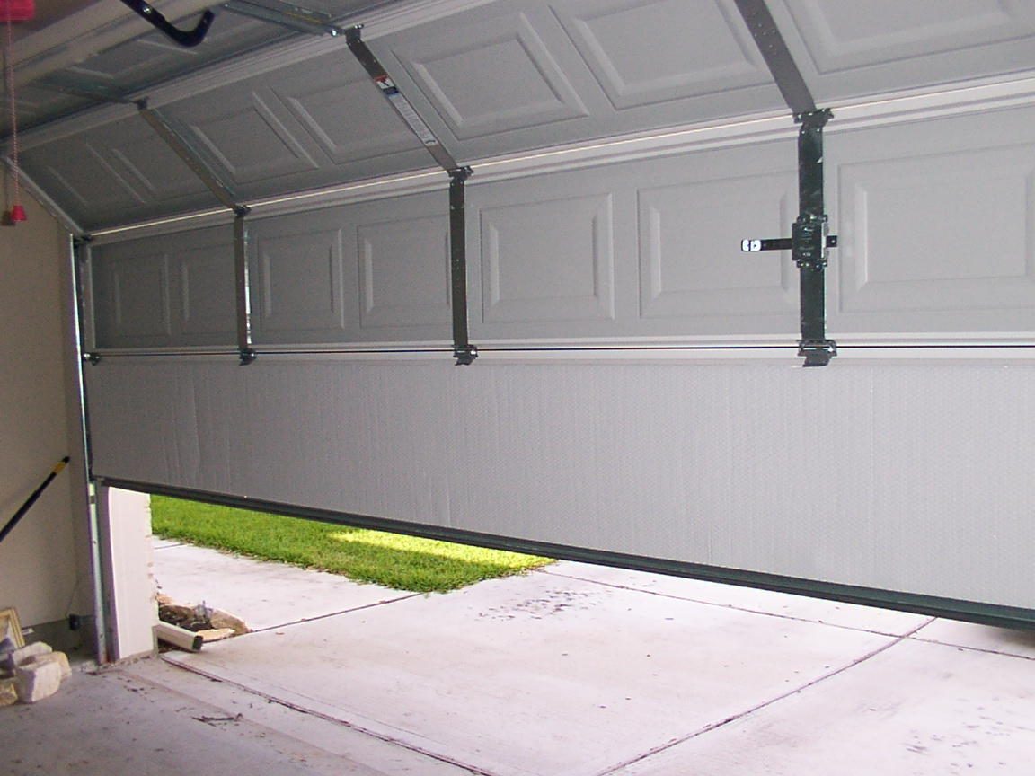 : insulated steel garage doors