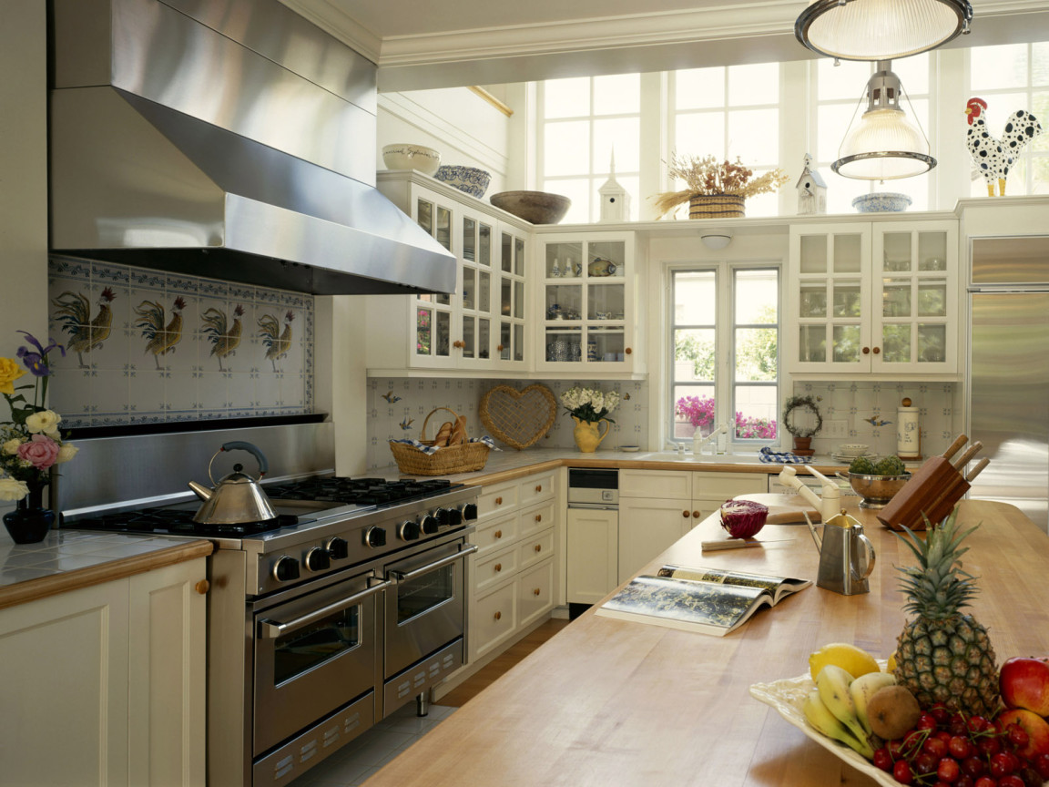 : fitted kitchens furniture for small spaces