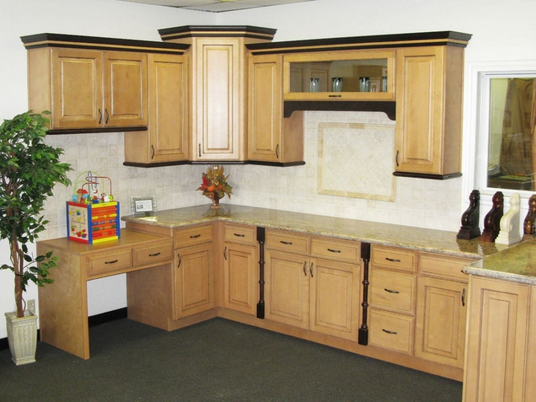 : small fitted kitchens
