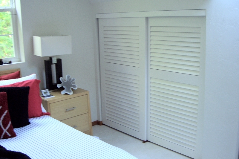 Sliding Closet Doors Eye Catching Bedroom Furniture Decorating Ideas
