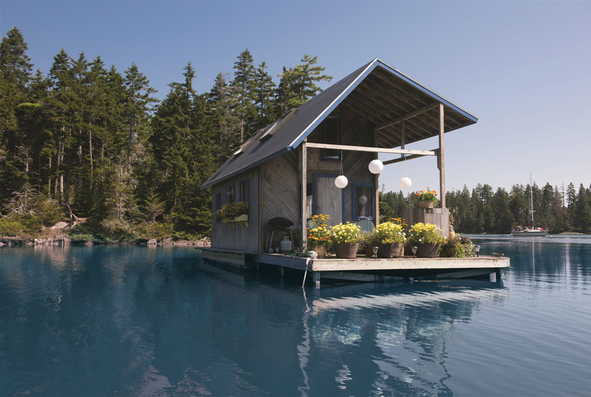 : Floating Tiny House