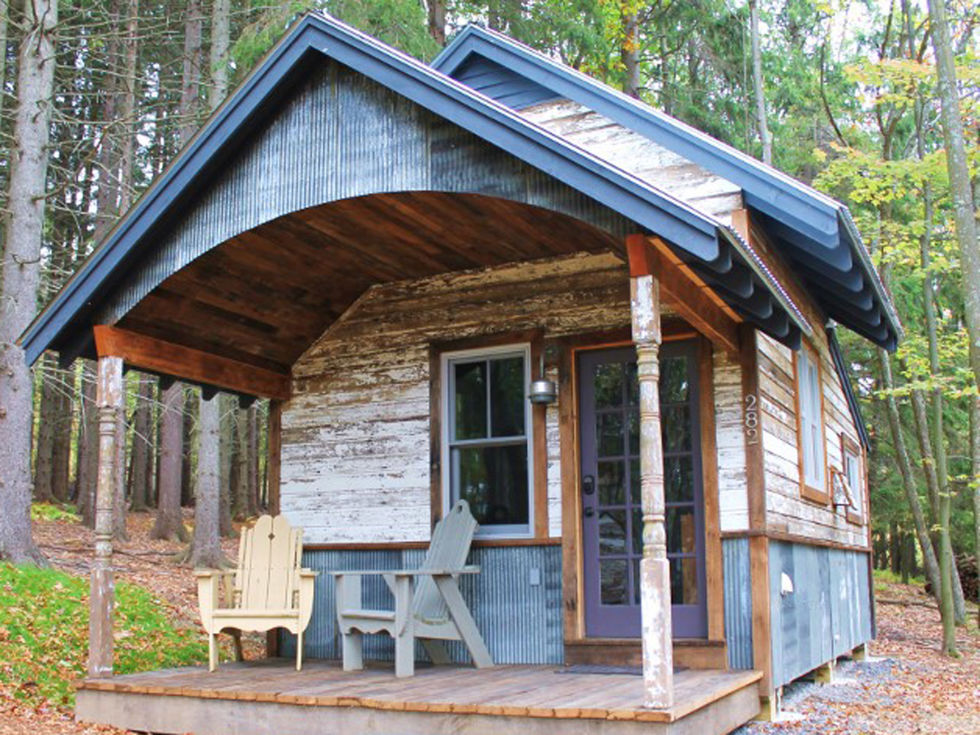 : Quaint Cabin Tiny House Design