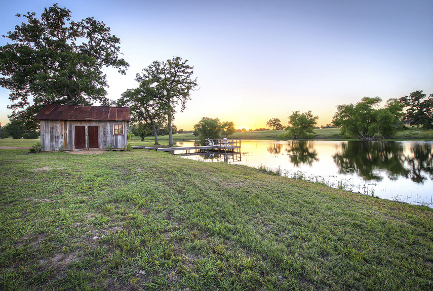 Tiny Texas Lake House