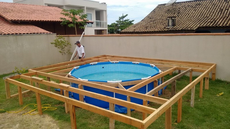 : Wood frame for diy swimming pool